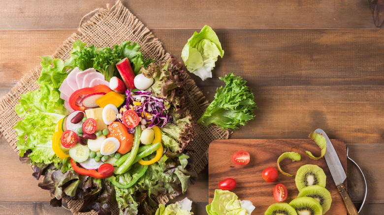 Follow the mediterranean diet for weight loss, too