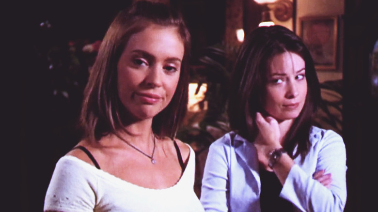 Alyssa Milano as Paige and Holly Marie Combs as Piper on Charmed
