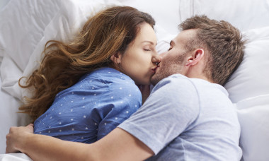 Crazy kissing facts
