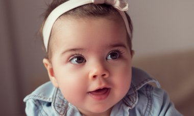 baby-girl-names-featured