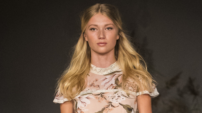 """model with """"buttery blonde"""" hair"""