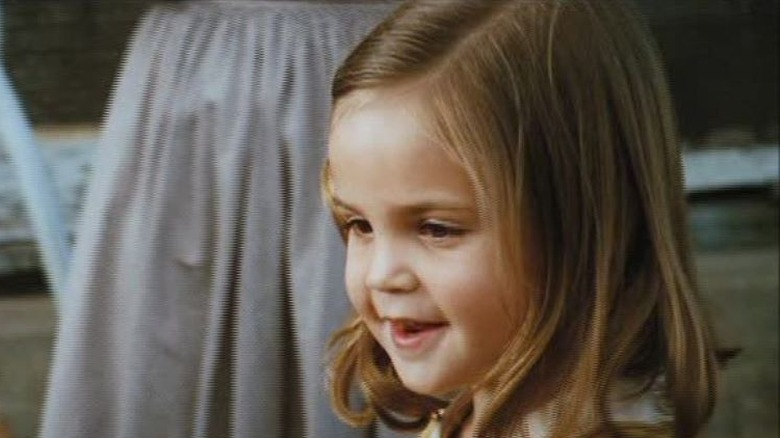 Bailee Madison in Lonely Hearts