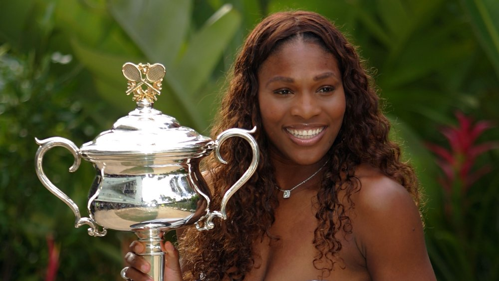 Serena Williams with a trophy in 2007