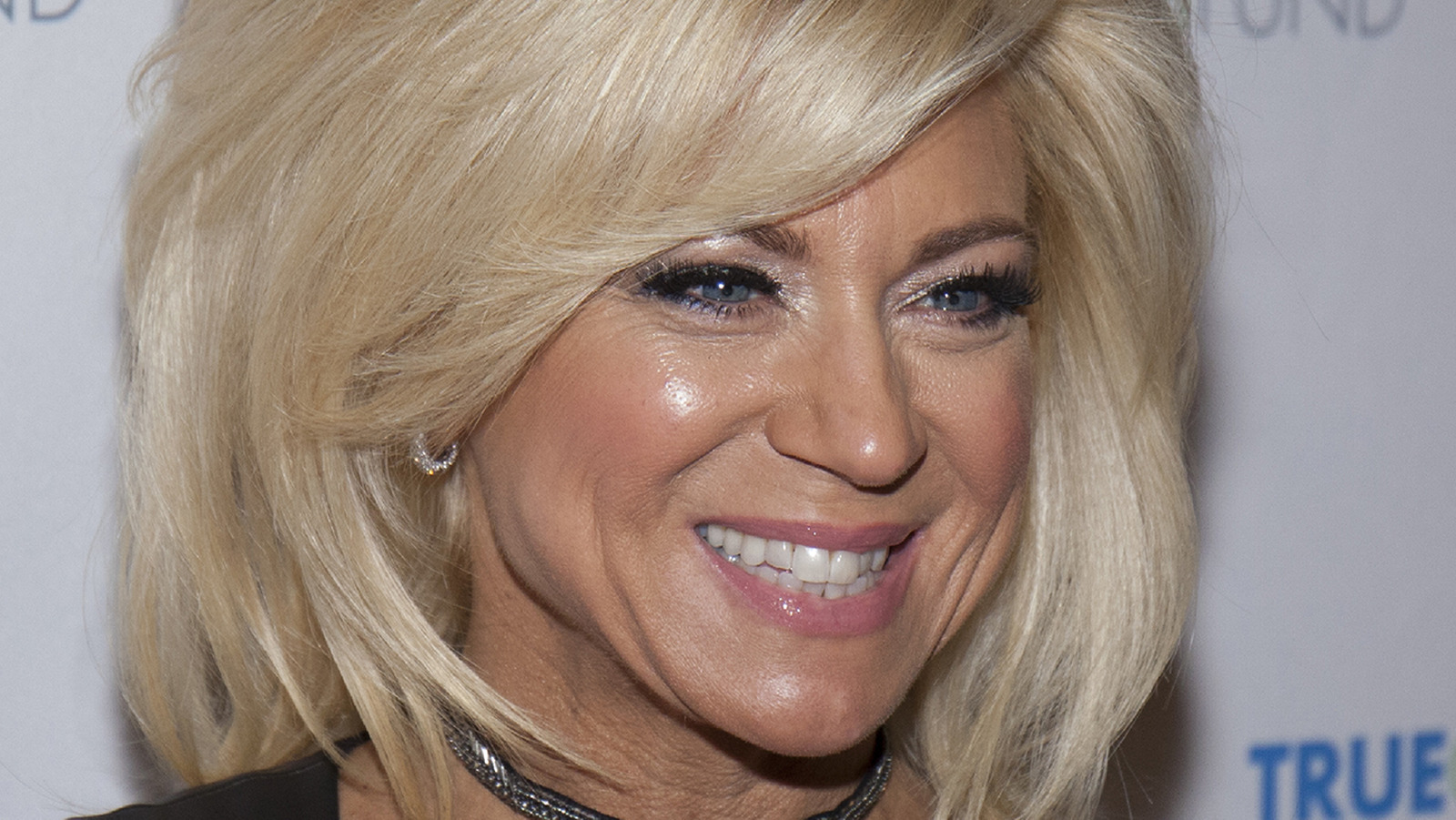The Truth About Long Island Medium S Theresa Caputo S Iconic Hairstyle Exclusive