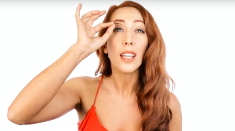 Woman trying The LashLiner System