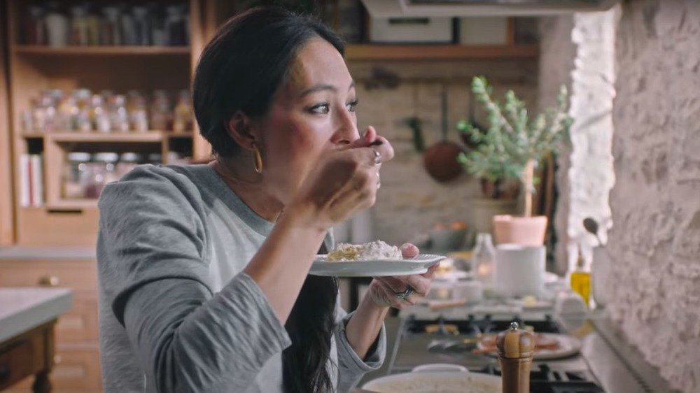 Joanna Gaines eating