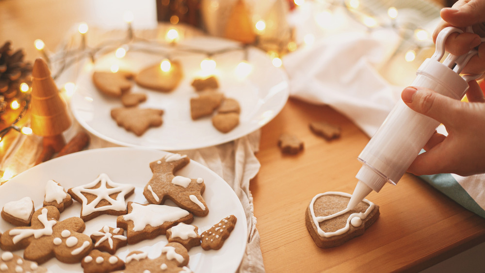 frosted gingerbread cookies