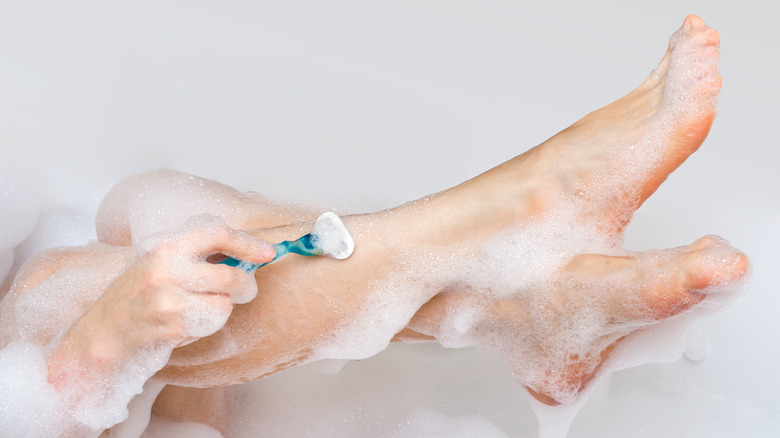 This is what happens when you stop shaving your legs