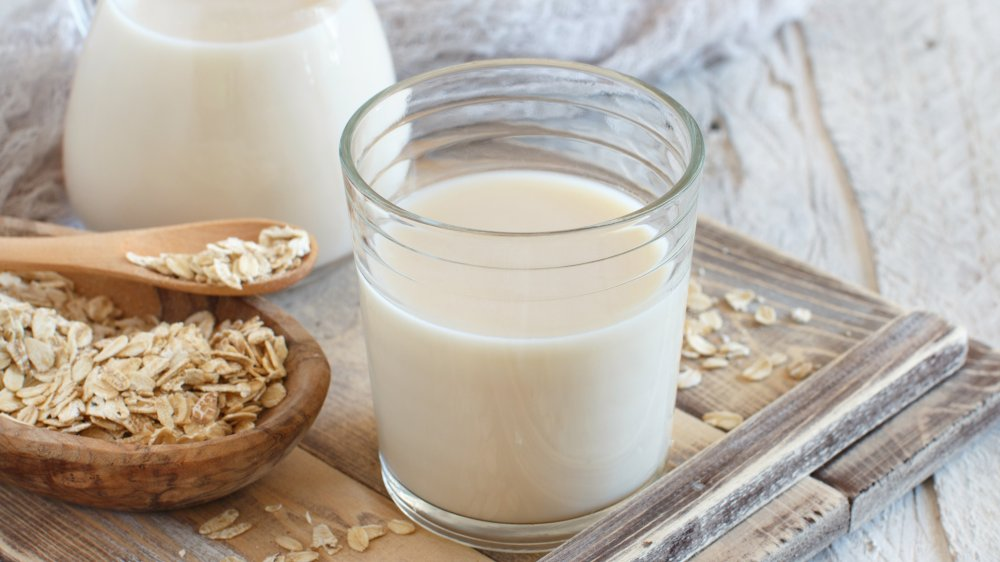 What happens to your body when you drink oat milk every day